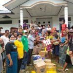 Camat Botin Leobele Salurkan Bantuan Bagi 15 KK Korban Banjir di Desa Takarai