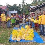Golkar Malaka Salurkan Bantuan Bagi Warga Tiga Desa di Malaka